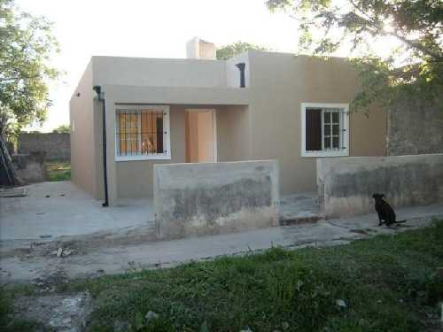 Casa En Venta Villa De Mayo Malvinas Argentinas 450 M2