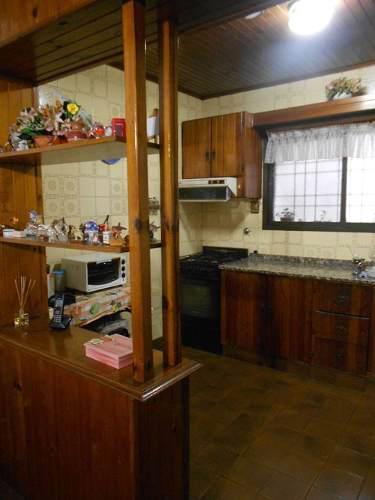 Casa en venta 9 de julio al 2300 esquina pergamino for Muebles 9 de julio lanus